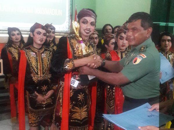 Makin Berprestasi, Siswa-Siswi SMAN 1 Madiun Meraih Juara 1 Lomba Tari .
